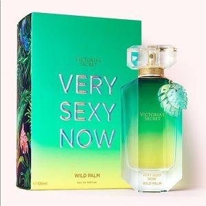 VS Very Sexy Now  Wild Palm Eau de Parfum & Lotion